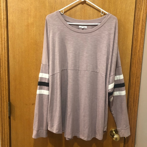 Maurices Tops - Maurice's size 3 long sleeve shirt